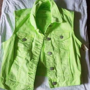 Girl's Aeropostale vest